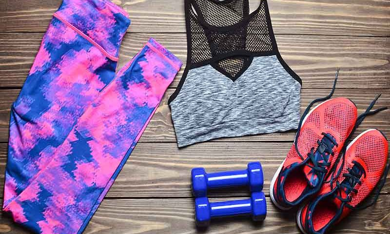 What to Wear for Yoga Class | Ana Heart Blog